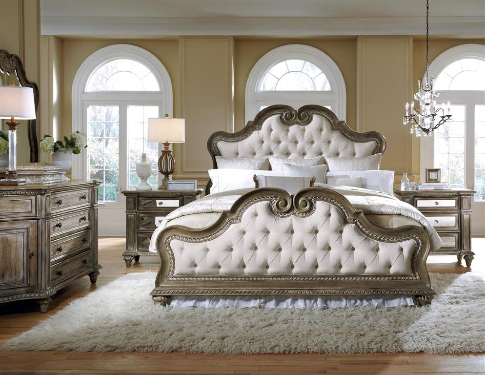 Pulaski Furniture - Ardeney