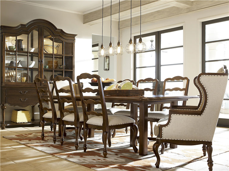 Universal Furniture - Dining Room - Cordevalle
